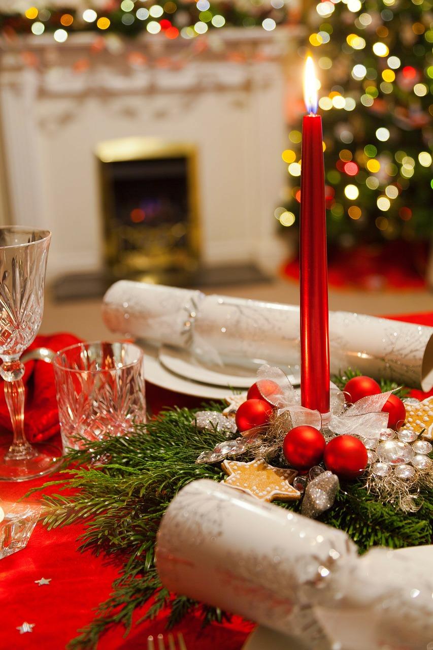 Arredare Tavola Natale come apparecchiare la tavola di natale in maniera originale