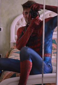 crea vestito costume di spiderman