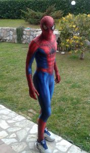 creare vestito di spiderman personalizzato