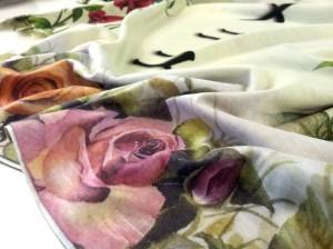 stampe floreali su tessuto