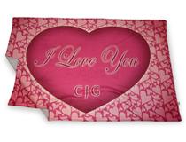 coperta in pile con cuore e nome innamorati san valentino